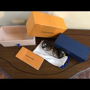 Louis Vuitton sunglasses. Only used 3 times